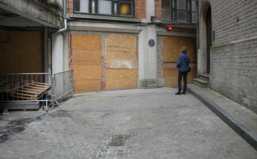 Charlotte och Emily i Bryssel